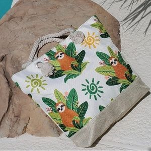 NEW Sloth Canvas Beach Bag Toe w/ Rope Handles